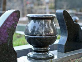 Вазон из камня фото 21
