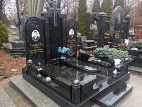 Памятник с надгробной плитой фото 14