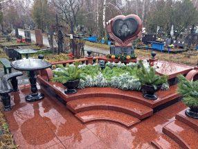 Памятник с сердцем фото 40