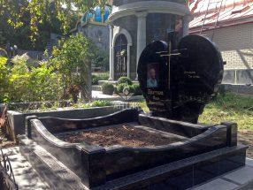 Памятник с сердцем фото 46