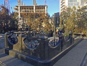 Памятник с оградкой фото 13